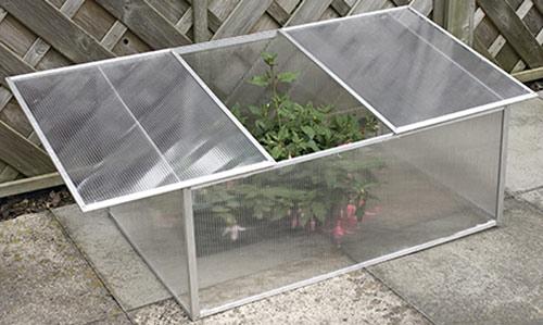 aluminium fr hbeet lang. Black Bedroom Furniture Sets. Home Design Ideas